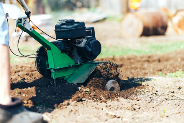 Best Small Tiller: Make You Gardening Fun in 2021 with These 9 Best Picks